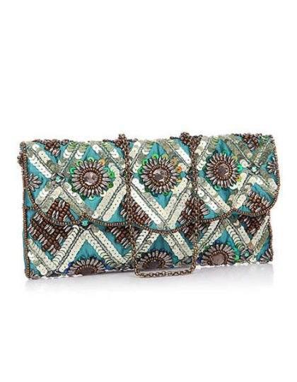 #giftsforwomen #bohochicfashion #onlineboutique #seattlefashion #onlinewomen'sshopping #kahini #trendybag