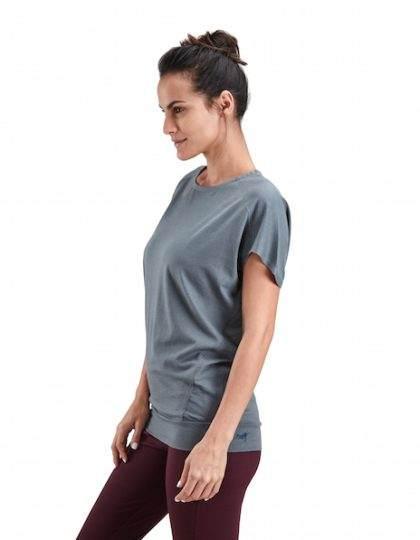 women's organic yoga tee