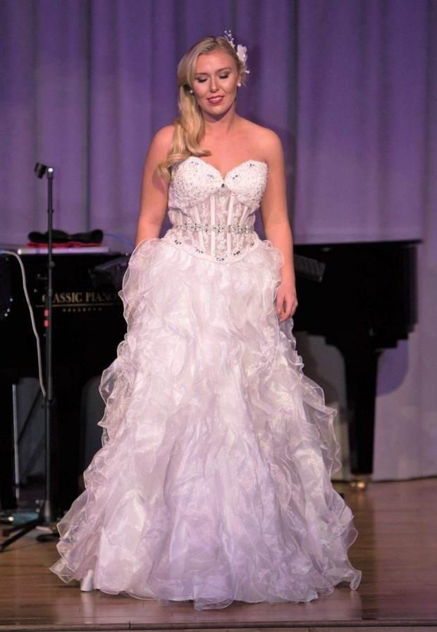 designer wedding custom dress boutique bellevue seattle prom