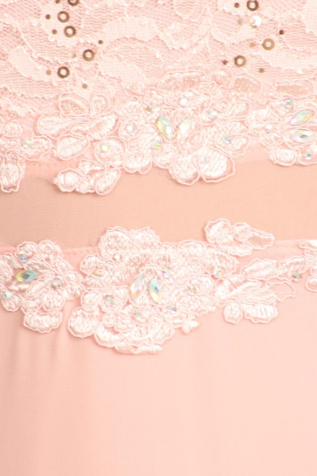 DD-pink lace detail