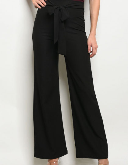 black knit pant close